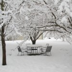 picnic-set-in-snow-150x150