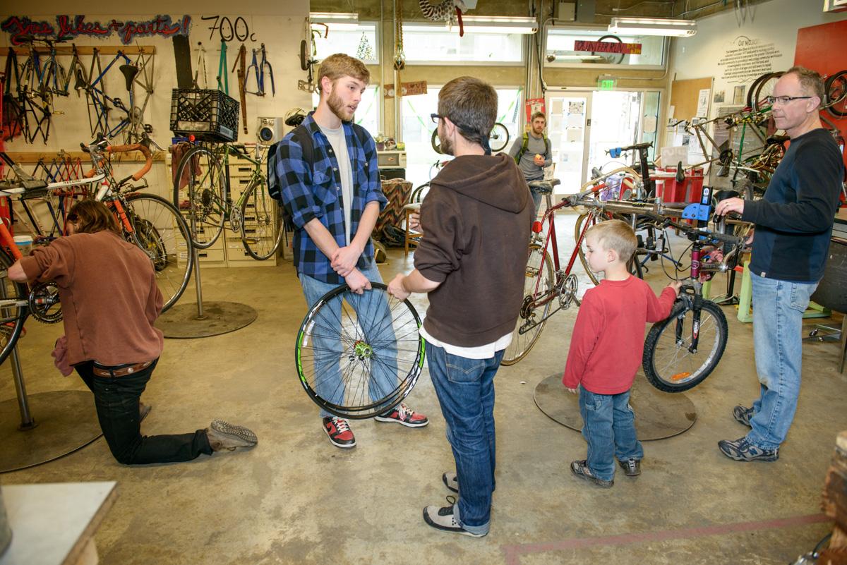 Bike shop spring 2013 4 the evergreen mind for Evergreen shop