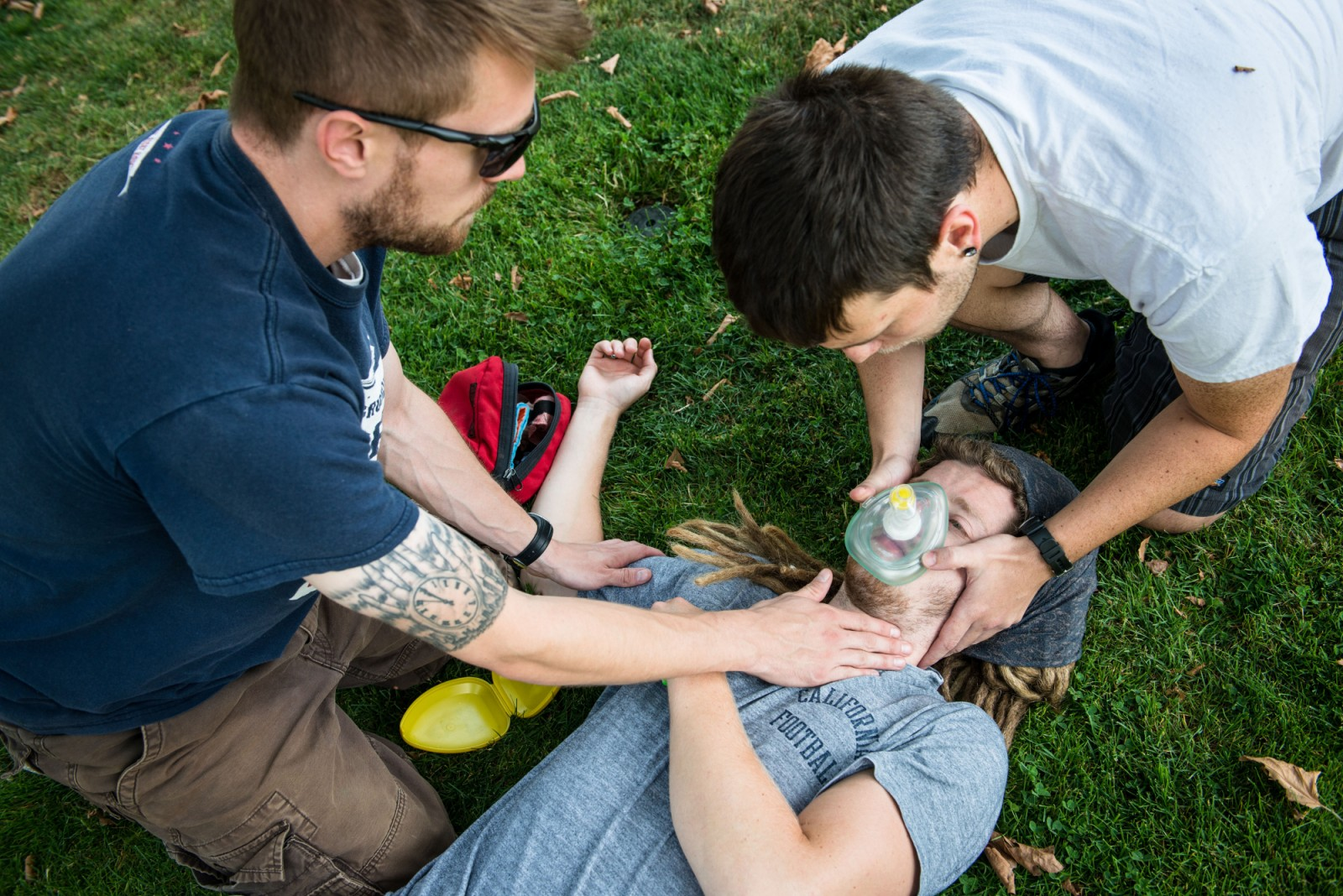 Students practice finding a pulse and administering CPR on the first day of the Wilderness First Responder summer intensive. -- Shauna Bittle photo